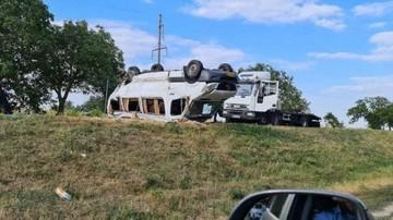Страшное ДТП в Молдове: Пассажирский микроавтобус перевернулся, пострадали 11 человек