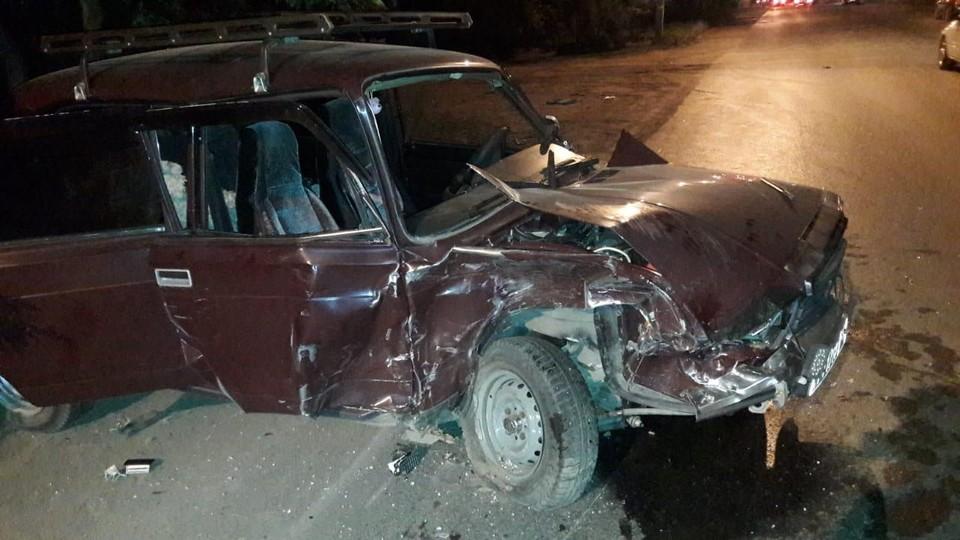 Столкнулись 3 автомобиля, 5 человек пострадали. Фото: Пресс-служба ГИБДД по Омской области.