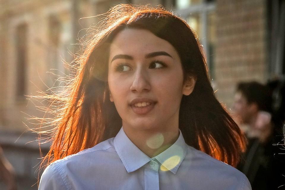 Мария Хачатурян перед началом судебного заседания.