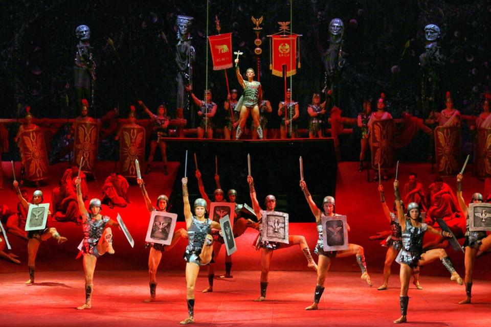 Премьера балета «Спартак» была готова к широкому показу еще 29 июня. Фото: donbassopera.ru