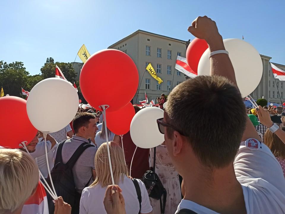 Марш свободы и митинг прошли в Бреста 16 августа.