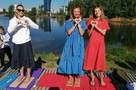 Гвоздь программы: в Красноярске 105 человек побили мировой рекорд, больше часа простояв на гвоздях