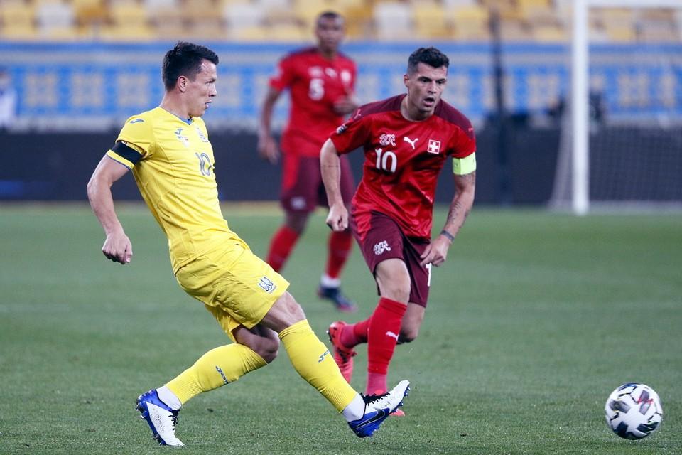 Сборной Украины предстоит провести поединок против команды Испании.