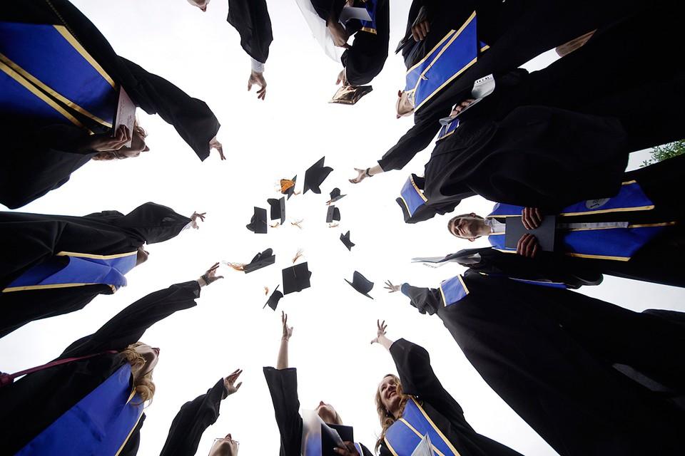Только 36% опрошенных признались, что трудятся по той профессии, на которую учились
