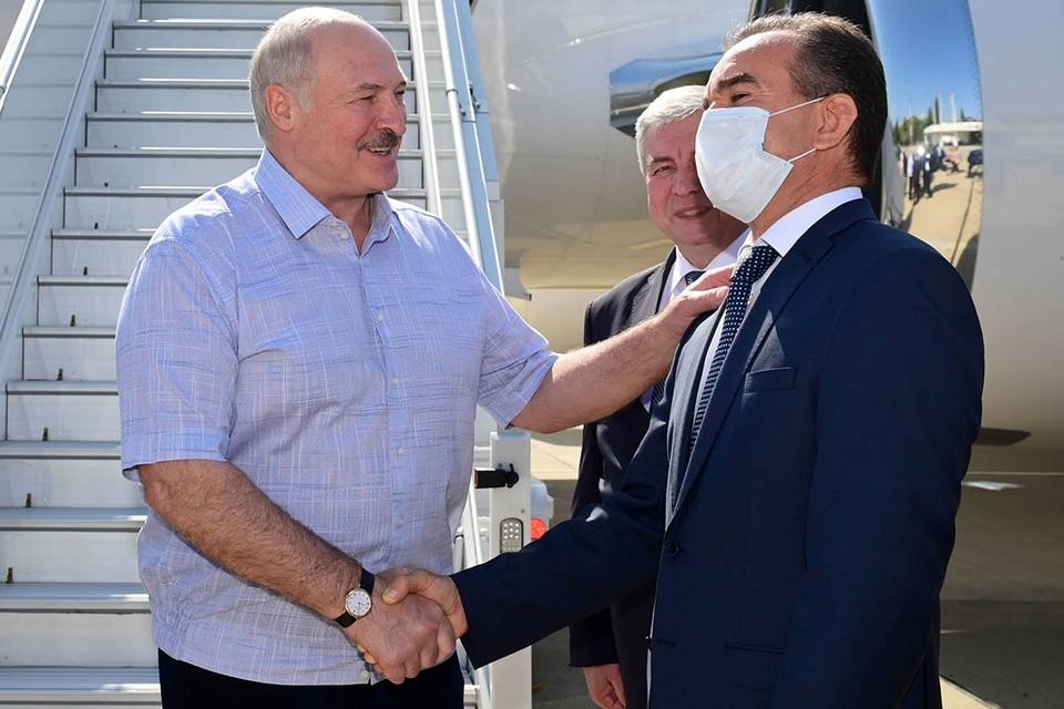 Президент Белоруссии впервые после выборов покинул страну. Фото: Андрей Стасевич/БелТА/ТАСС