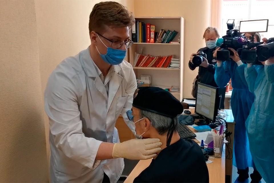 Михаил Боярский упал в обморок прямо в кабинете врача.