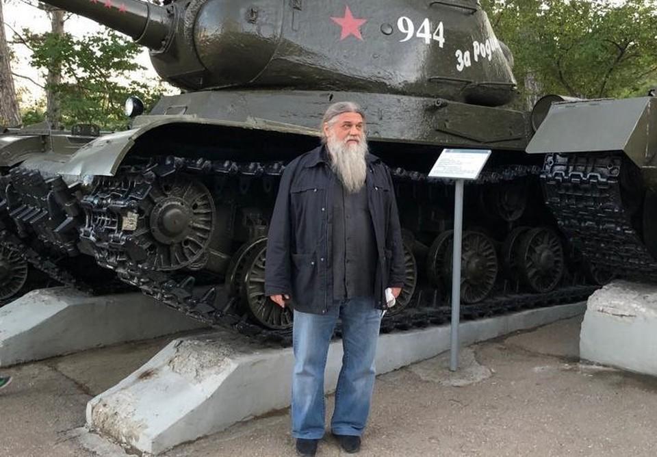 Отец Александр на Сапун-горе в Севастополе Фото: shumskiy.su