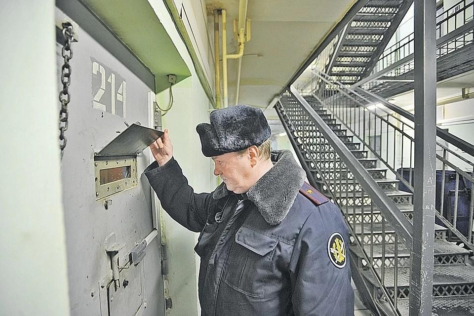 Общественникам снова разрешат проверять тюрьмы в Москве