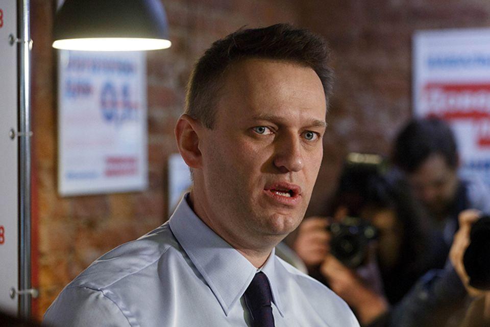 Алексей Навальный опубликовал второе фото после госпитализации