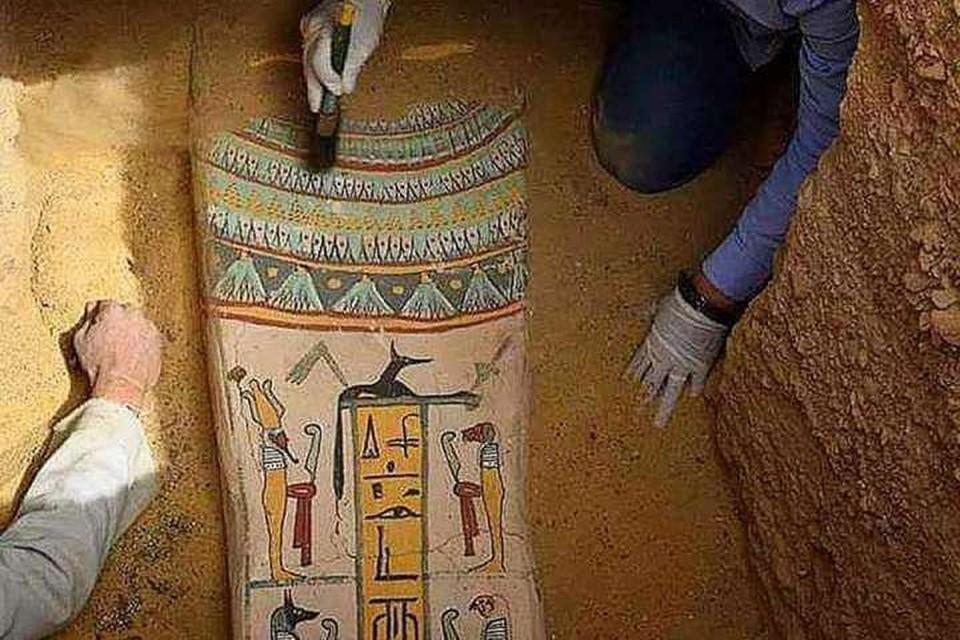 Найденные археологами сакофаги были захоронены более 2,5 тысячи лет назад. Фото: Instagram/arkeoloji_dunyasi