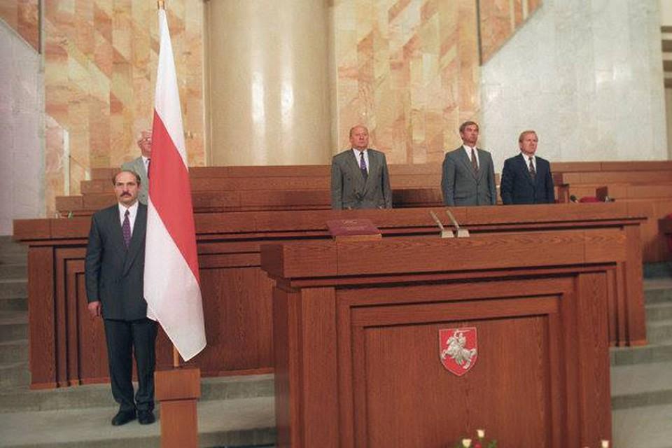 От «Пагони» до Дворца Независимости: вспомнили все инаугурации Лукашенко.