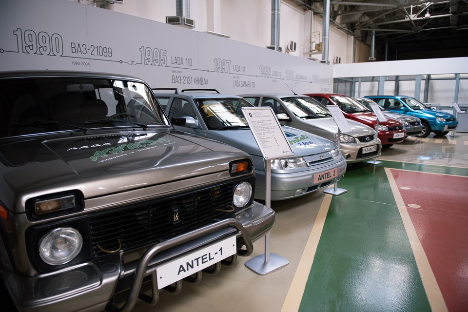 А вот и первый российский электромобиль