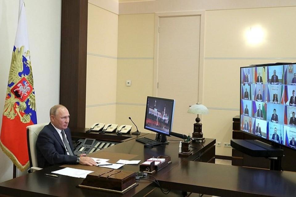 Владимир Путин провел видеоконференцию с вновь избранными российскими губернаторами. Фото: пресс-служба администрации Ленинградской области.