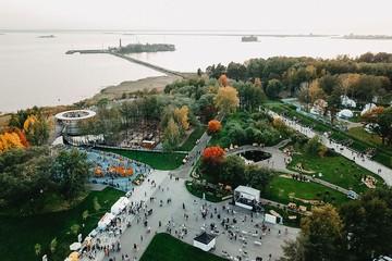 Кронштадт провел литературно-музыкальный фестиваль «Остров фортов»