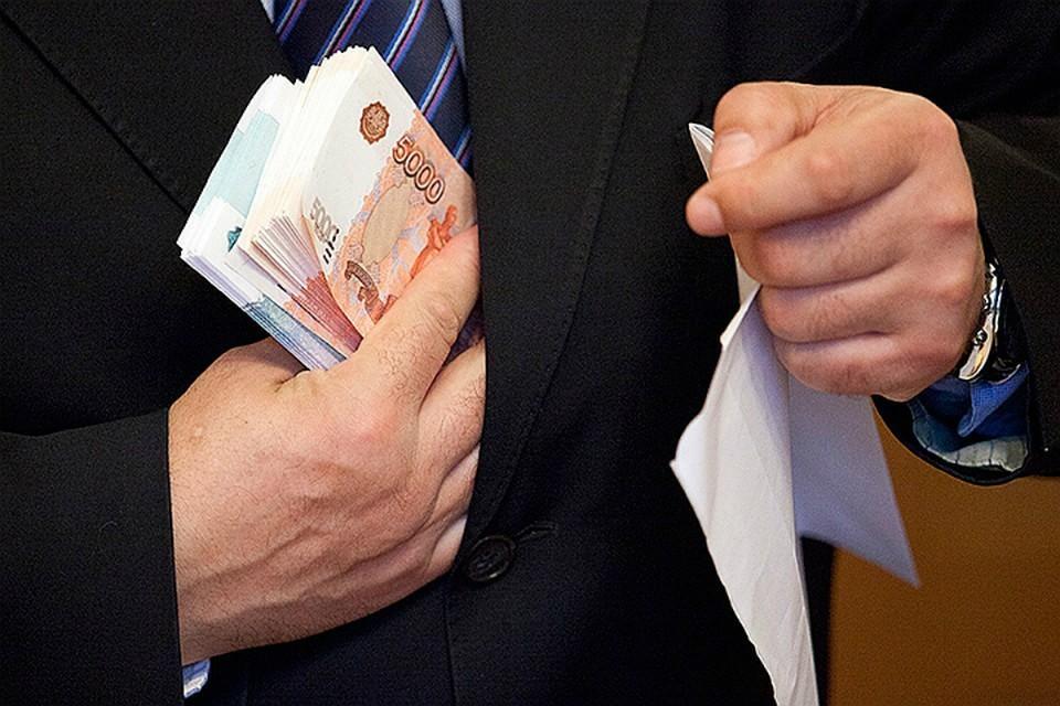 В сентябре 2020 года к предпринимателю нагрянули сотрудники погрануправления ФСБ и изъяли улов