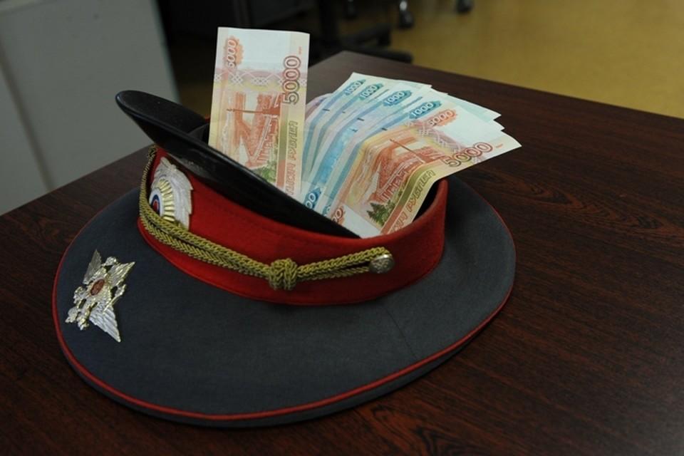 С бывшего сотрудника МВД Кузбасса взыскали сумму взяток, полученных за сообщения о трупах