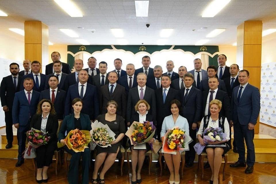 Год прошел, число сменилось: обновленный кабинет министров Башкирии подвел итоги работы за год