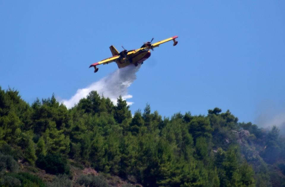 Пилоты принимали участие в тушении лесных пожаров в городе Кёйджегиз