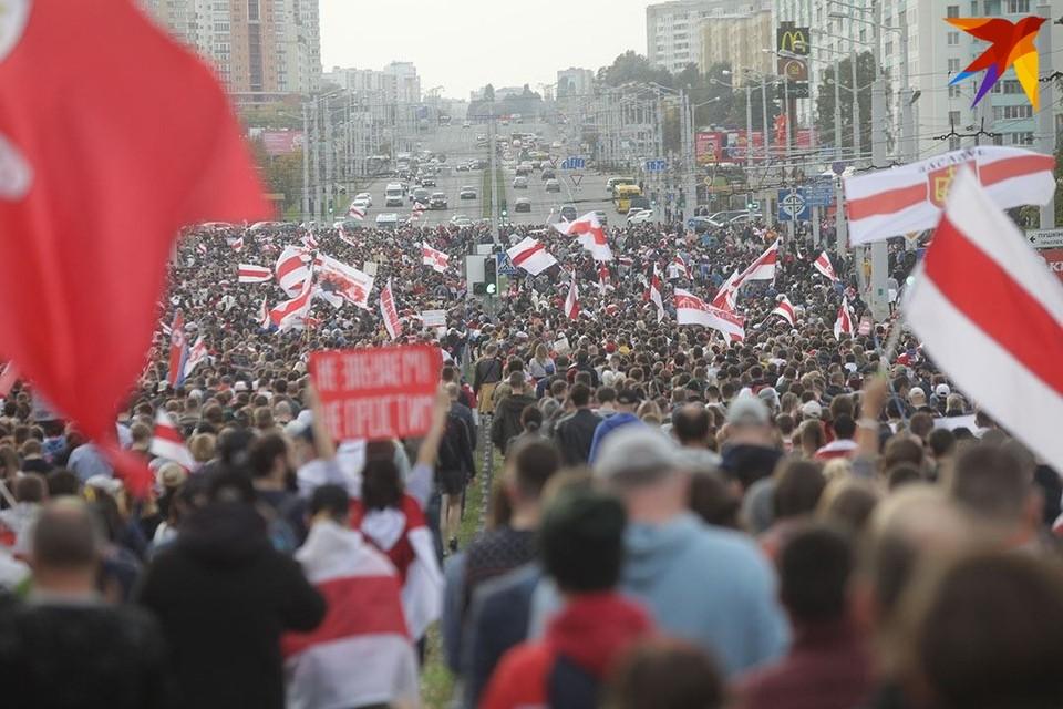 4 октября белорусы вышли на Марш освобождения политзаключенных.