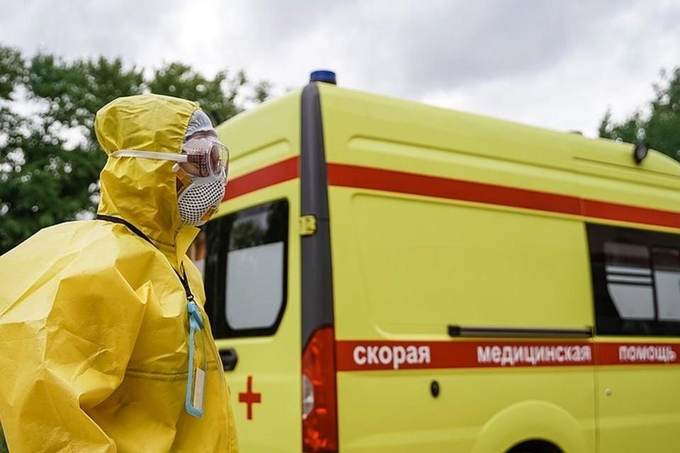 Роспотребнадзор заявил, что ситуация с коронавирусом в России осложняется
