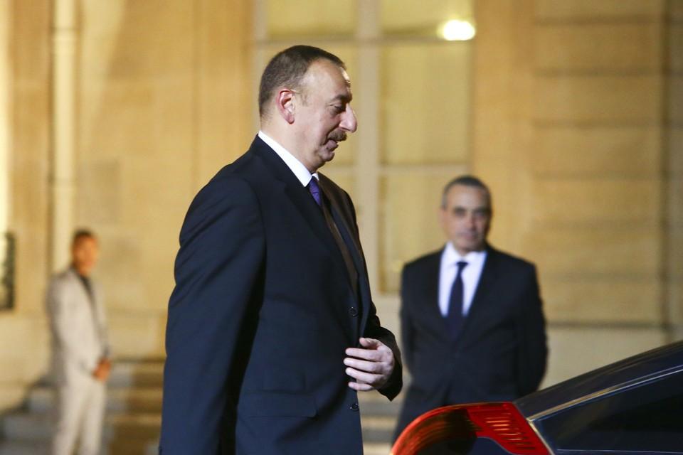 Алиев заявил, что положительно оценивает итоги переговоров по Карабаху в Москве