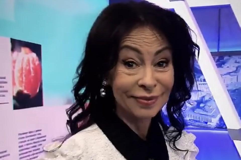 Марина Хлебникова говорит, что никак не может решиться на подтяжку.