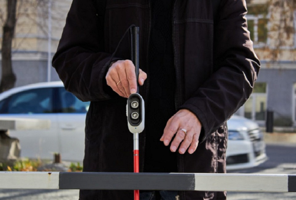 Ультразвуковой датчик позволяет измерять расстояние до предметов, конструкций и людей. Фото: пресс-служба РАНХиГС