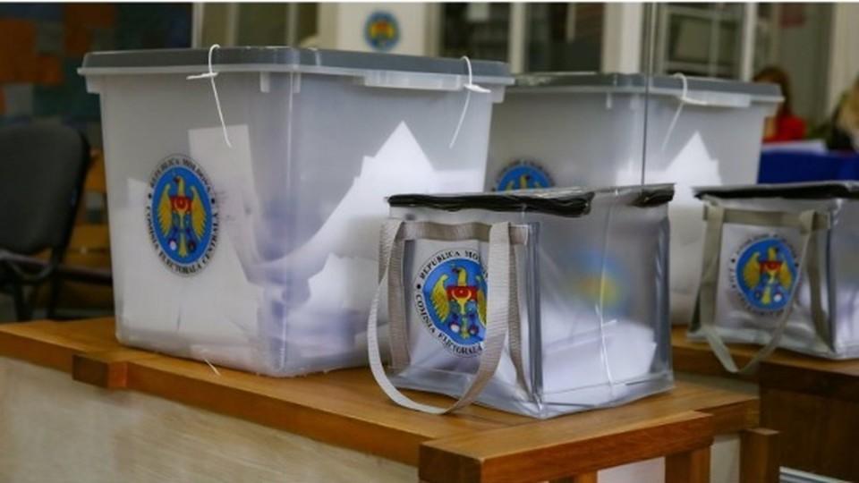 Больные ковидом в Молдове могут запросить мобильную урну для голосования на дом. Фото: ava.md