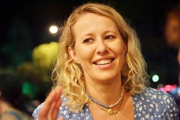 Ставшая главой села уборщица в панике: Ксения Собчак привезла с собой заразу