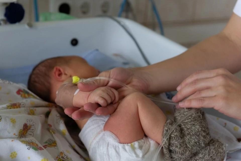 Коронавирус поднял проблемы суррогатного материнства
