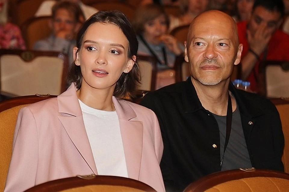 Федор Бондарчук со своей нынешней избранницей Паулиной Андреевой.