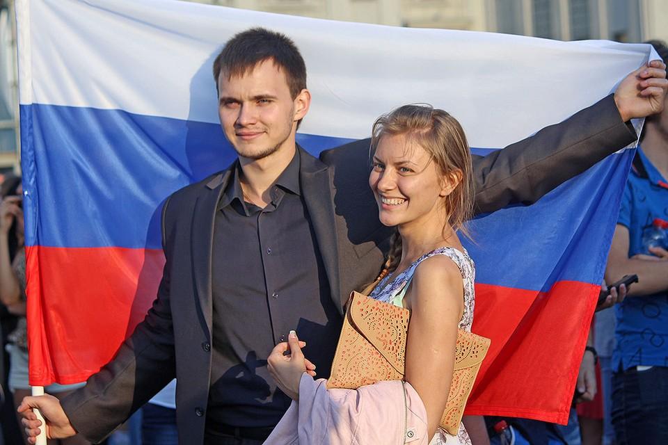 Жизнь в России изменится к лучшему, когда к власти придет молодое поколение.