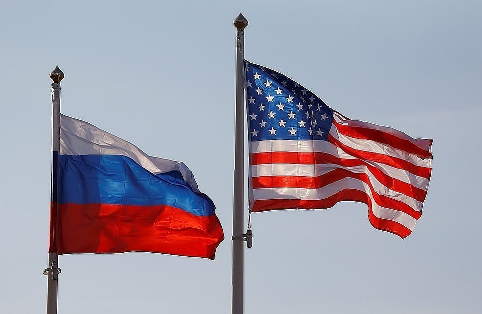 В Белом доме заявили о сложностях с санкциями против России