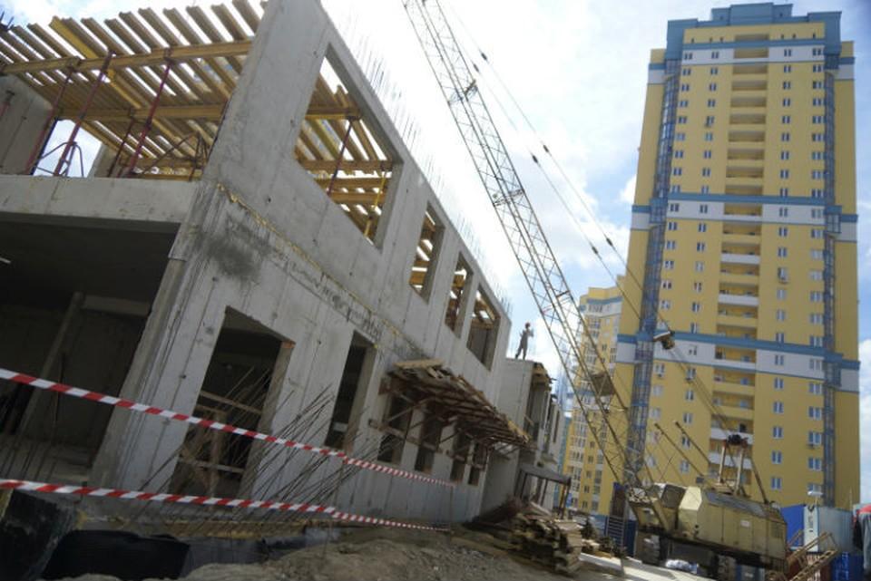 Планируется, что новые здания у Макаровского моста будут высотой от трех до 49 этажей