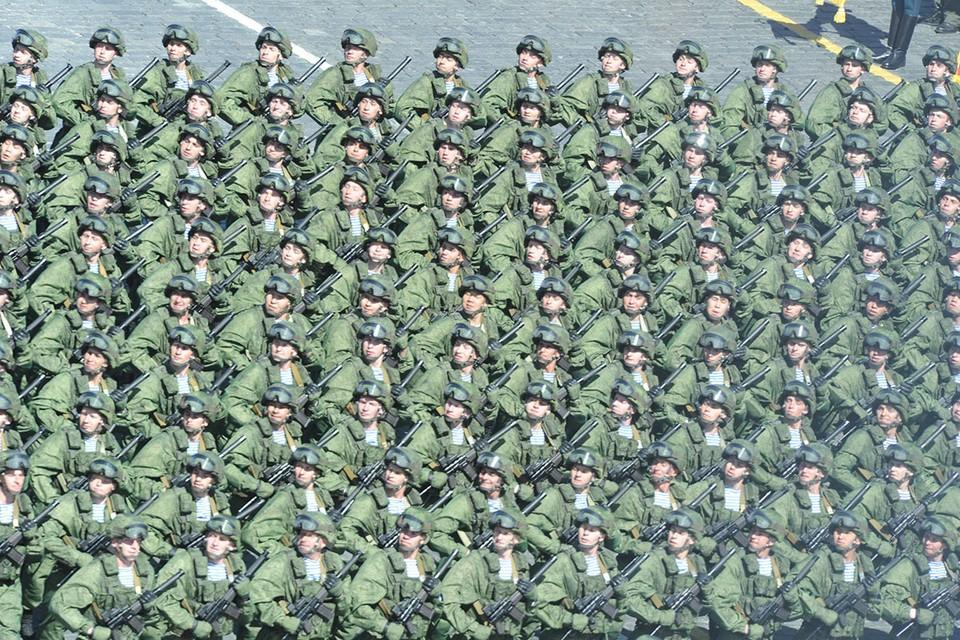 Минфин решил сэкономить на военных и полицейских: чем они ответят