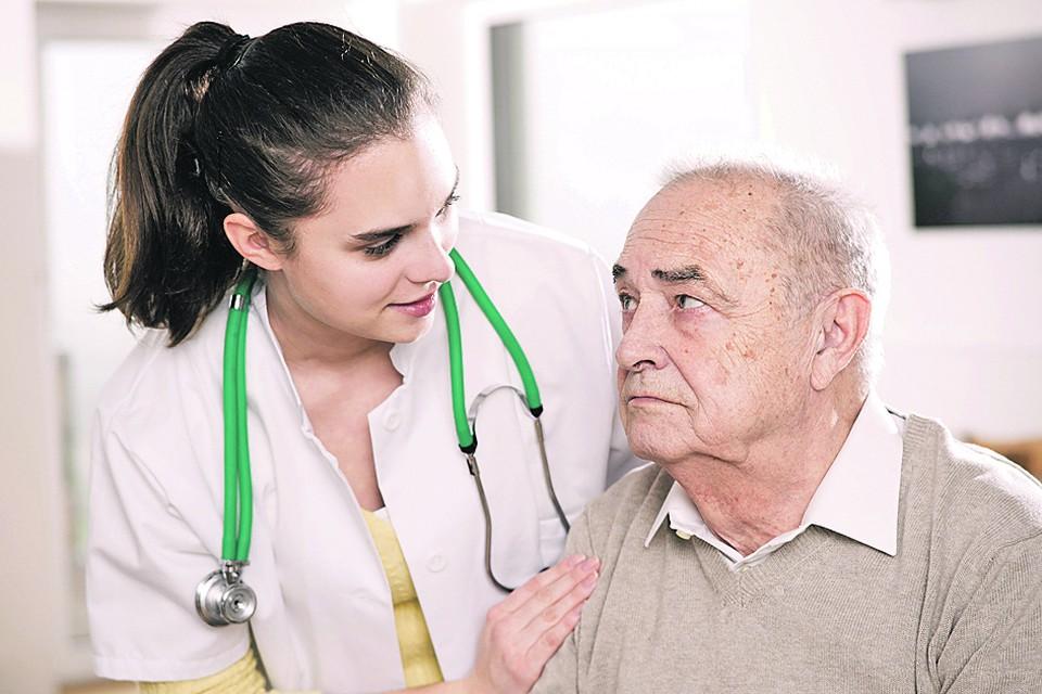 Главный онколог Минздрава рассказал, как защититься от рака