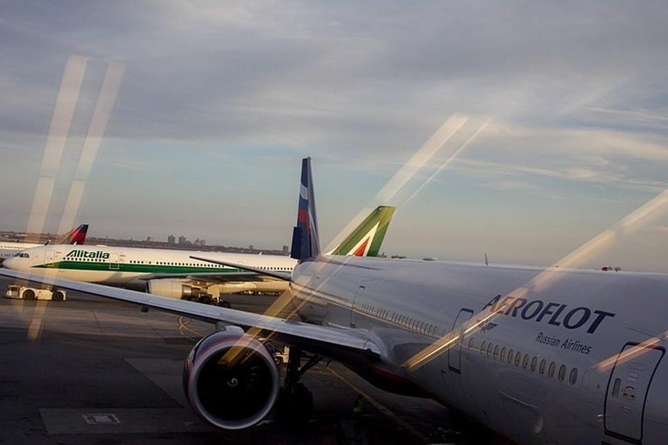 «Аэрофлот» разрешил опаздывающим пассажирам бесплатно менять билеты