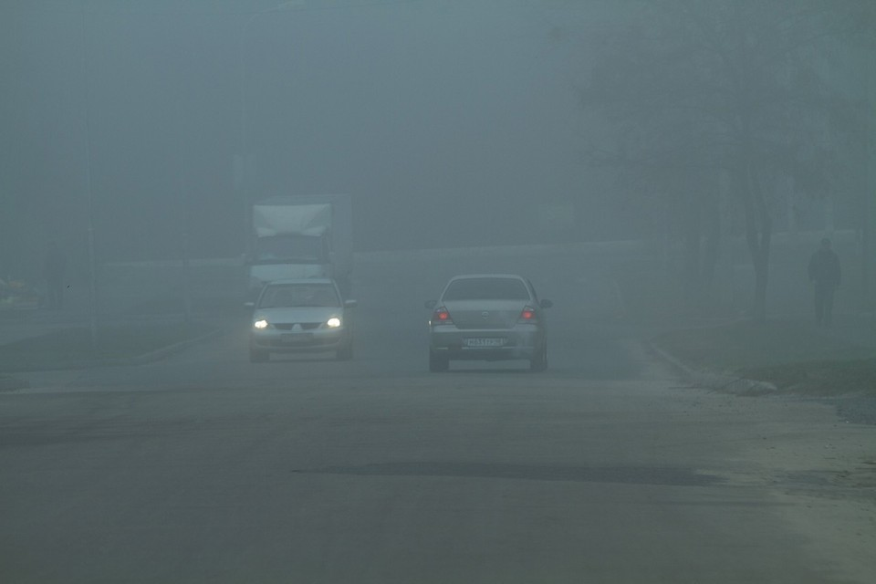 Спасатели напоминают курянам, что туман представляет для автомобилистов серьезную опасность