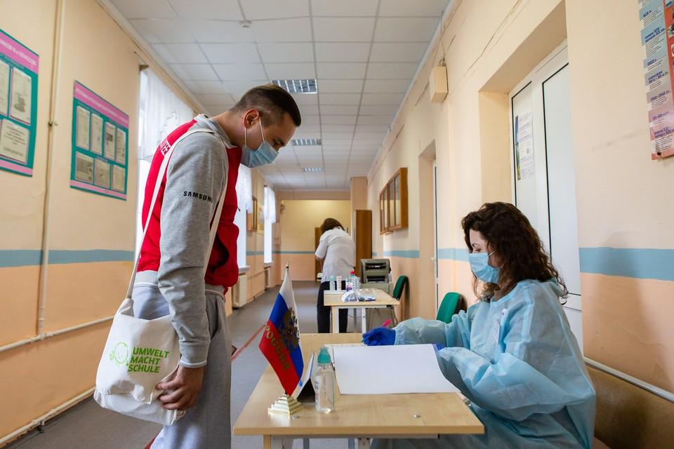 На избирательном участке в Разгуляевке бюллетени были без печати и подписей