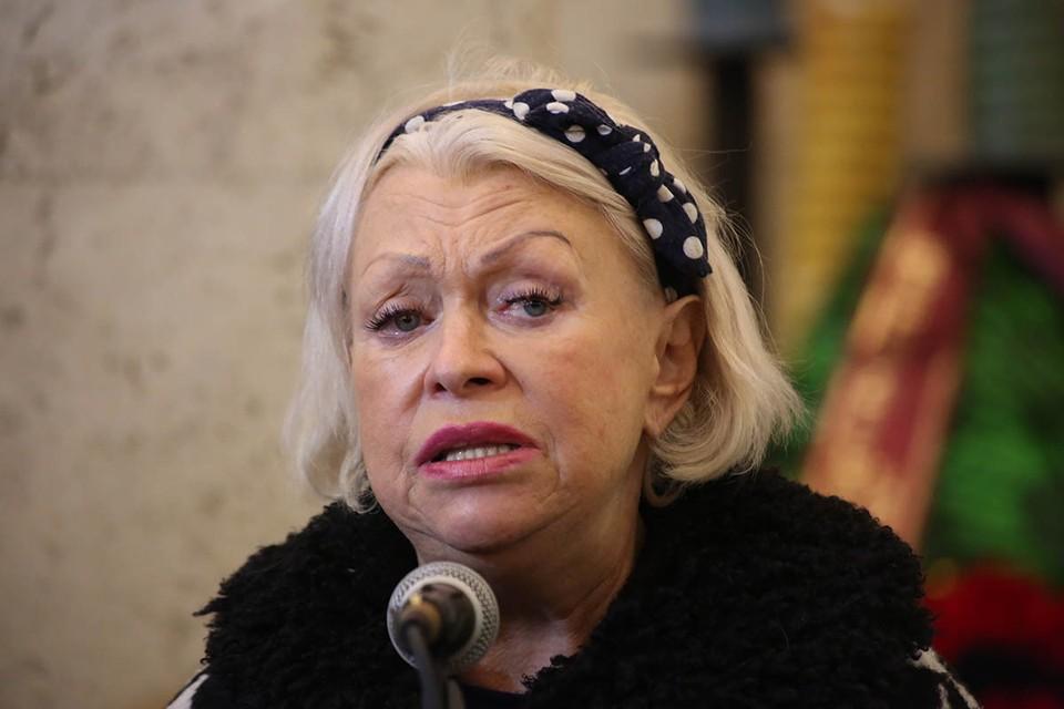 Людмила Поргина помогает родным артиста в борьбе за имущество