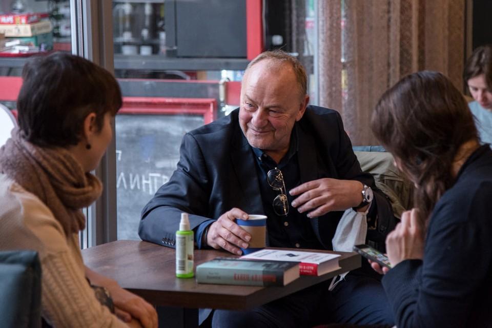 Януш Леон Вишневский на фестивале интеллектуальной книги PRADMOVA представил свой новый роман и пообщался с читателями. Фото из архива PRADMOVA.