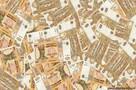 В Молдове семья алкоголиков выиграла в лотерею миллион леев: не могут приехать в Кишинев за деньгами, потому что от радости пьют уже месяц