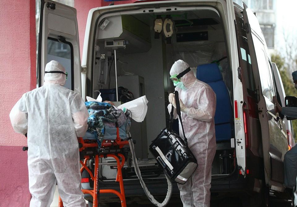 Пациентов пришлось возить по городу весь день – ни одна больница не соглашалась брать их к себе, ссылаясь на отсутствие свободных мест.