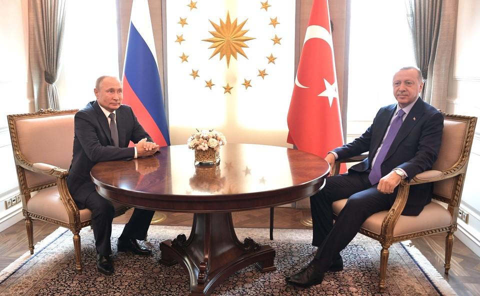 Путин и Эрдоган провели телефонный разговор.