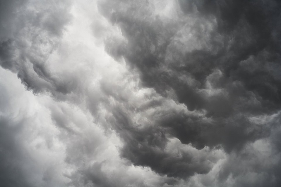 Вероятность шторма 85-90%.
