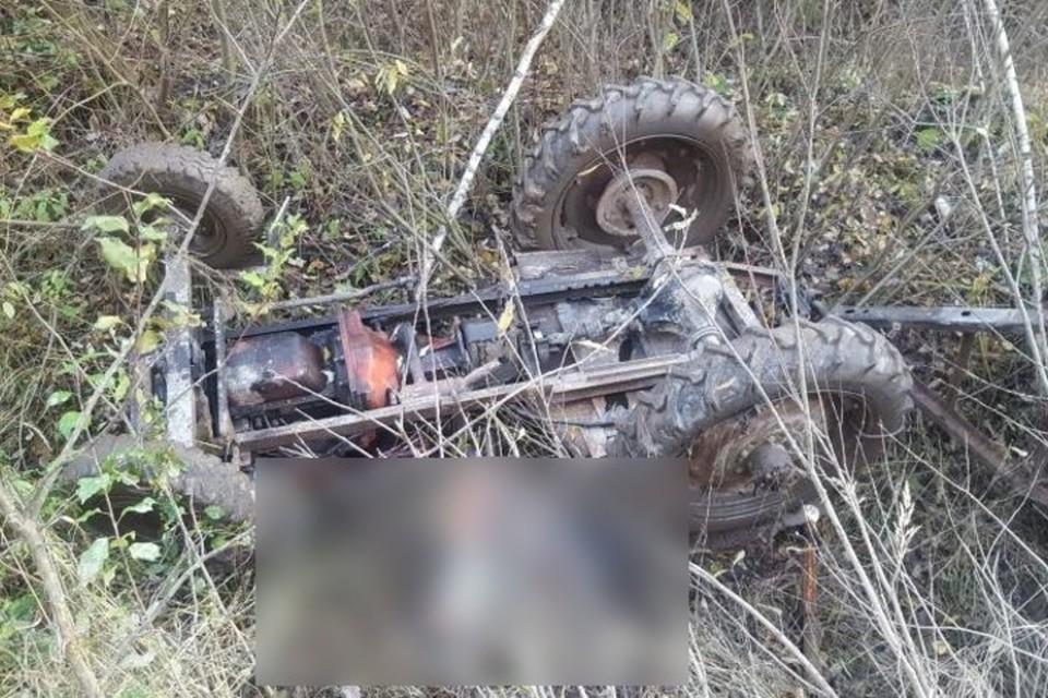 Авария случилась около половины второго дня 28 октября в лесном массиве.