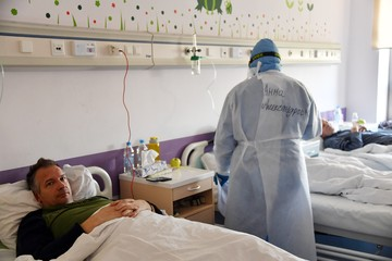 Главный пульмонолог России назвал четыре лекарства, которые помогают при тяжелом коронавирусе
