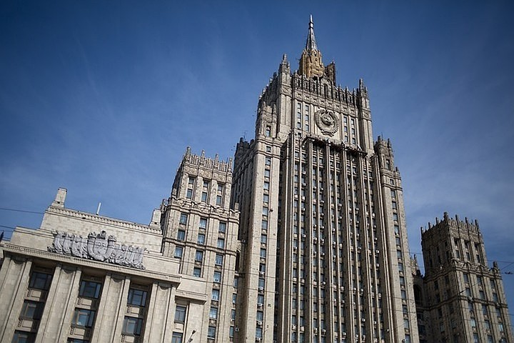 МИД: Россия окажет Еревану помощь, если бои перейдут на территорию Армении
