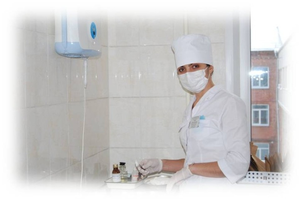 Марина Шатова на работе Фото: краевой онкодиспансер