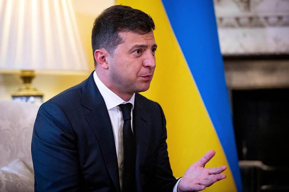 Украинскому президенту не нравится ни оппозиция, ни суд - и чудится контрреволюция за каждым углом